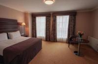 Dillon's Hotel Image