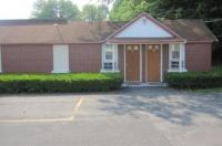 Pinecrest Motel Image