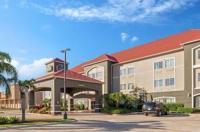 La Quinta Inn & Suites Mercedes Image