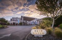 Inn At Wecoma Image