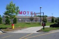 Mayflower Motel Milford Image