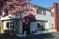 Hyannis Host Inn Image