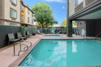 La Quinta Inn & Suites Fresno Riverpark Image