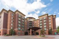 Drury Inn & Suites Flagstaff Image