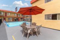 Howard Johnson Inn And Suites San Diego Area/Chula Vista Image