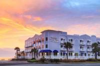 Seaside Amelia Inn Image