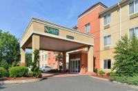 Quality Suites Stratford Image
