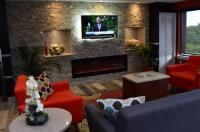 Budget Inn & Suites Image