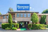 Rodeway Inn Branford Image
