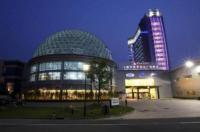 Ramada Plaza Sino Bay Shanghai Image