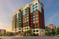 Hampton Inn & Suites National Harbor-Oxon Hill Image