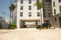 Hampton Inn & Suites Los Angeles Van Nuys Image