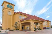 La Quinta Inn & Suites Shawnee Image