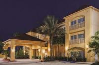 La Quinta Inn & Suites Winnie Image