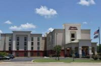 Hampton Inn & Suites Alexandria Image