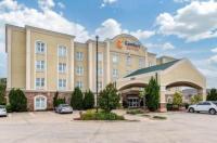 Comfort Suites Vicksburg Image