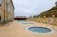 Comfort Inn & Suites Near Comanche Peak Image