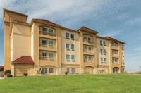 La Quinta Inn & Suites Fort Worth/Lake Worth Image