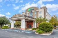 Holiday Inn Express Crystal River Image