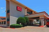 Econo Lodge Inn & Suites Six Flags Image