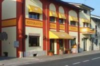 Hotel Tolin Image