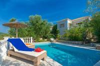 Eleonas Holiday Houses Image