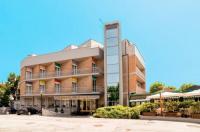 Hotel Augustus Image