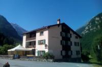 Hotel Klein Matterhorn Image